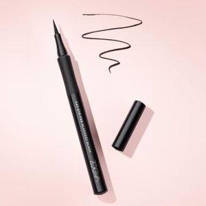 zoeva cat eye pen eyeliner black